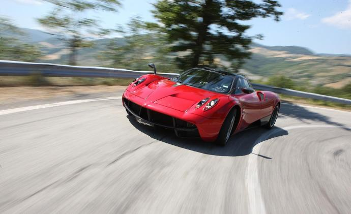 2013-pagani-huayra-photo-479638-s-1280x782