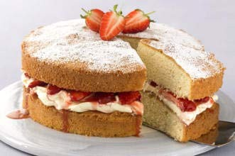 strawberry-and-mascarpone-cream-victoria-sponge